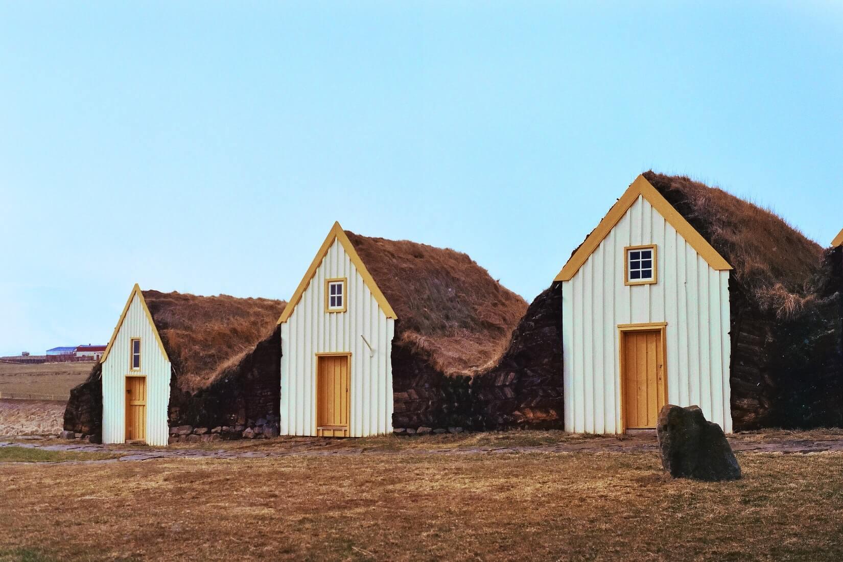 Сколько стоит поехать в Исландию на неделю: виза, жилье, билеты