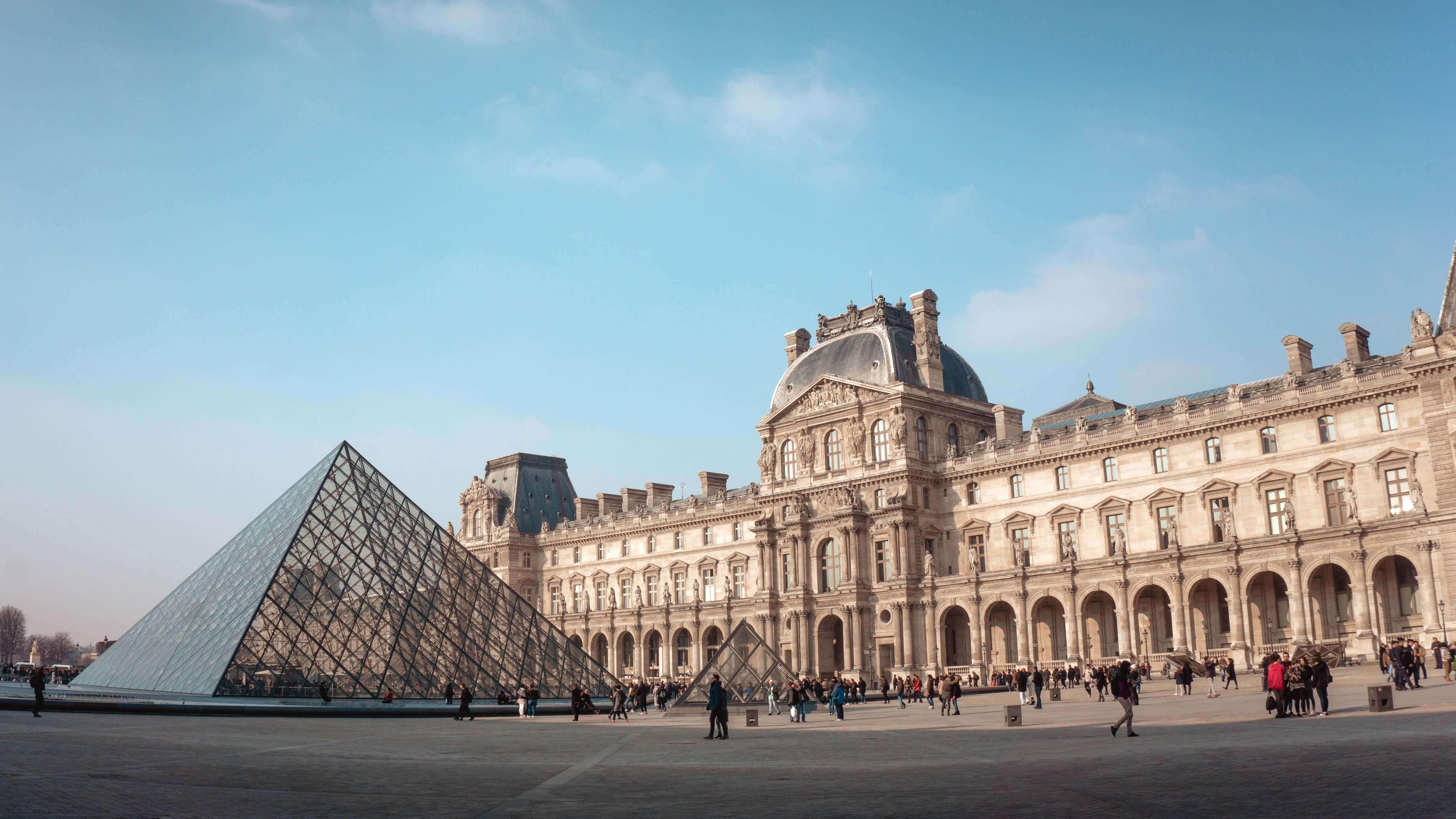Когда недостаточно золота: на чём экономить в Париже