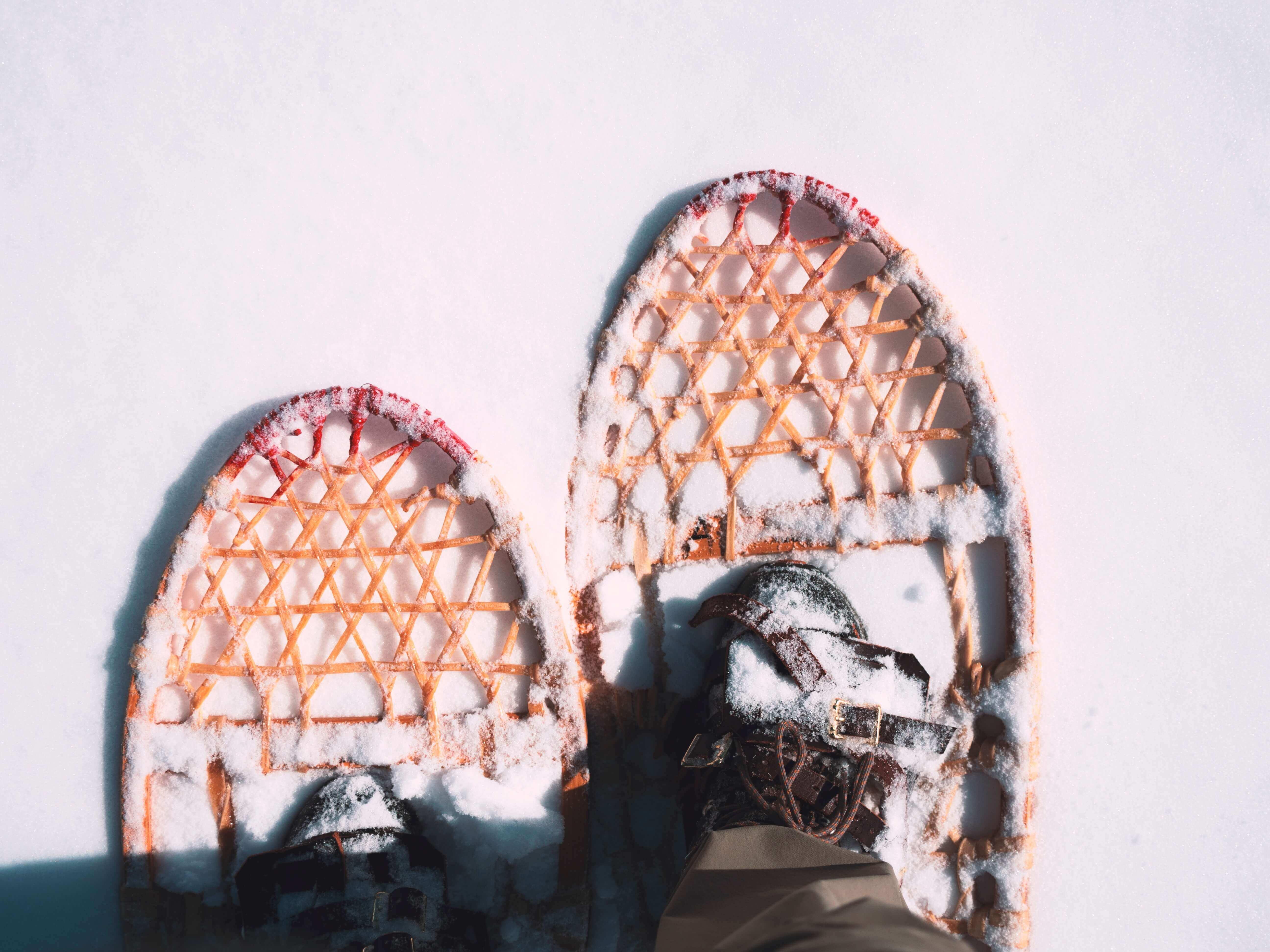 Хватит смотреть Нетфликс: необычные идеи зимних развлечений