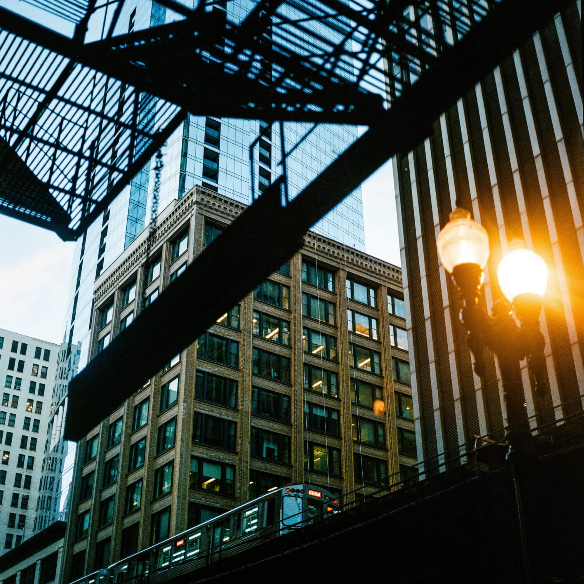 Интенсивная архитектура Чикаго в репортаже Евгения Фельдмана