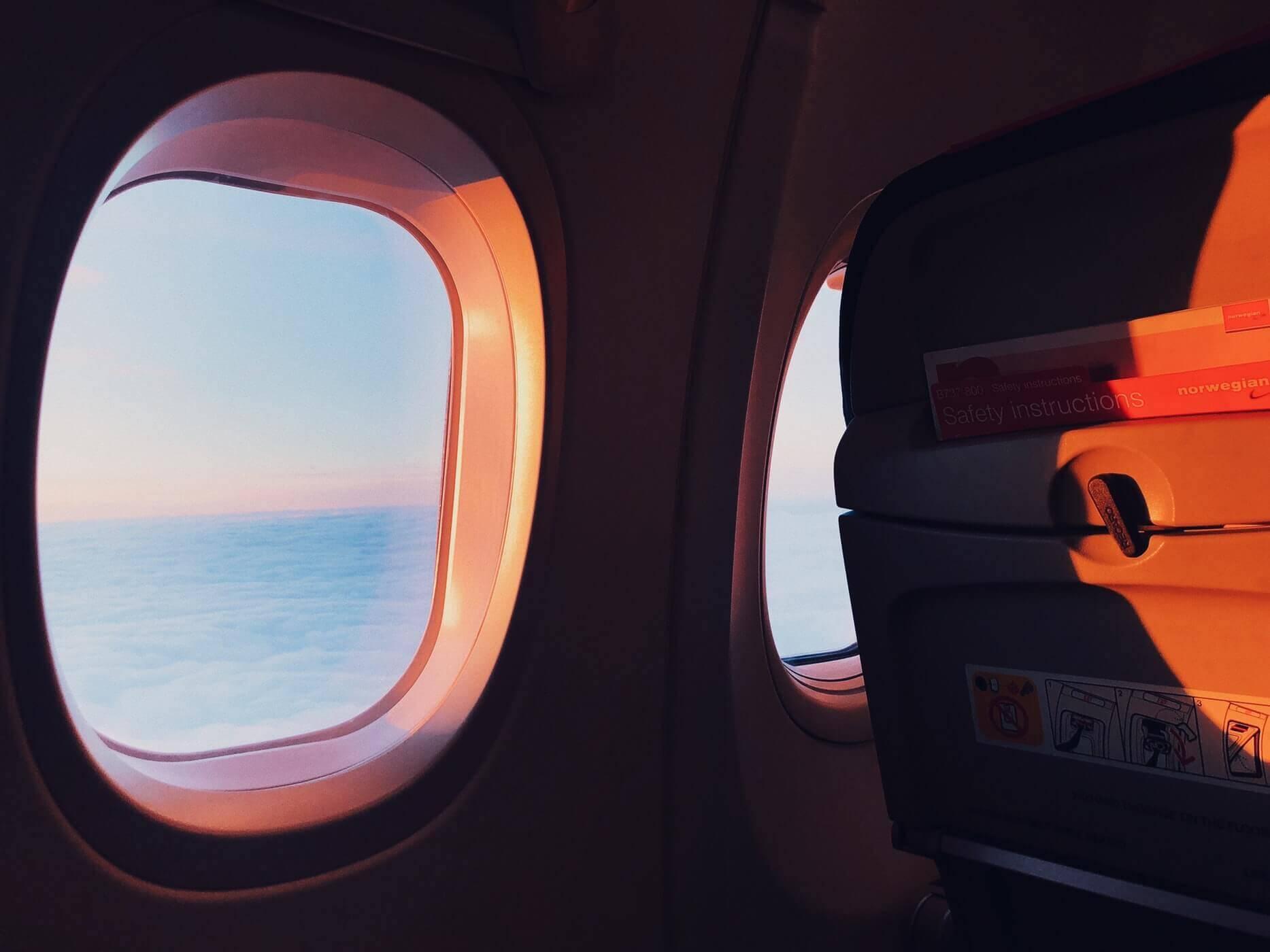 Просто ангельский подкат: как познакомиться в аэропорту или самолёте