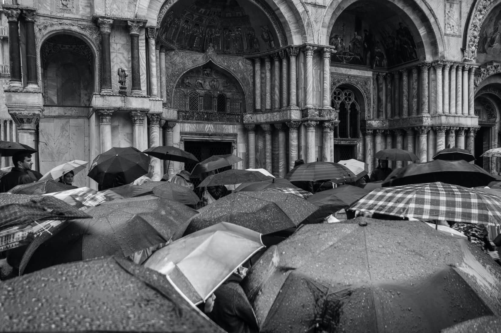 Как Венеция справляется с осенними наводнениями