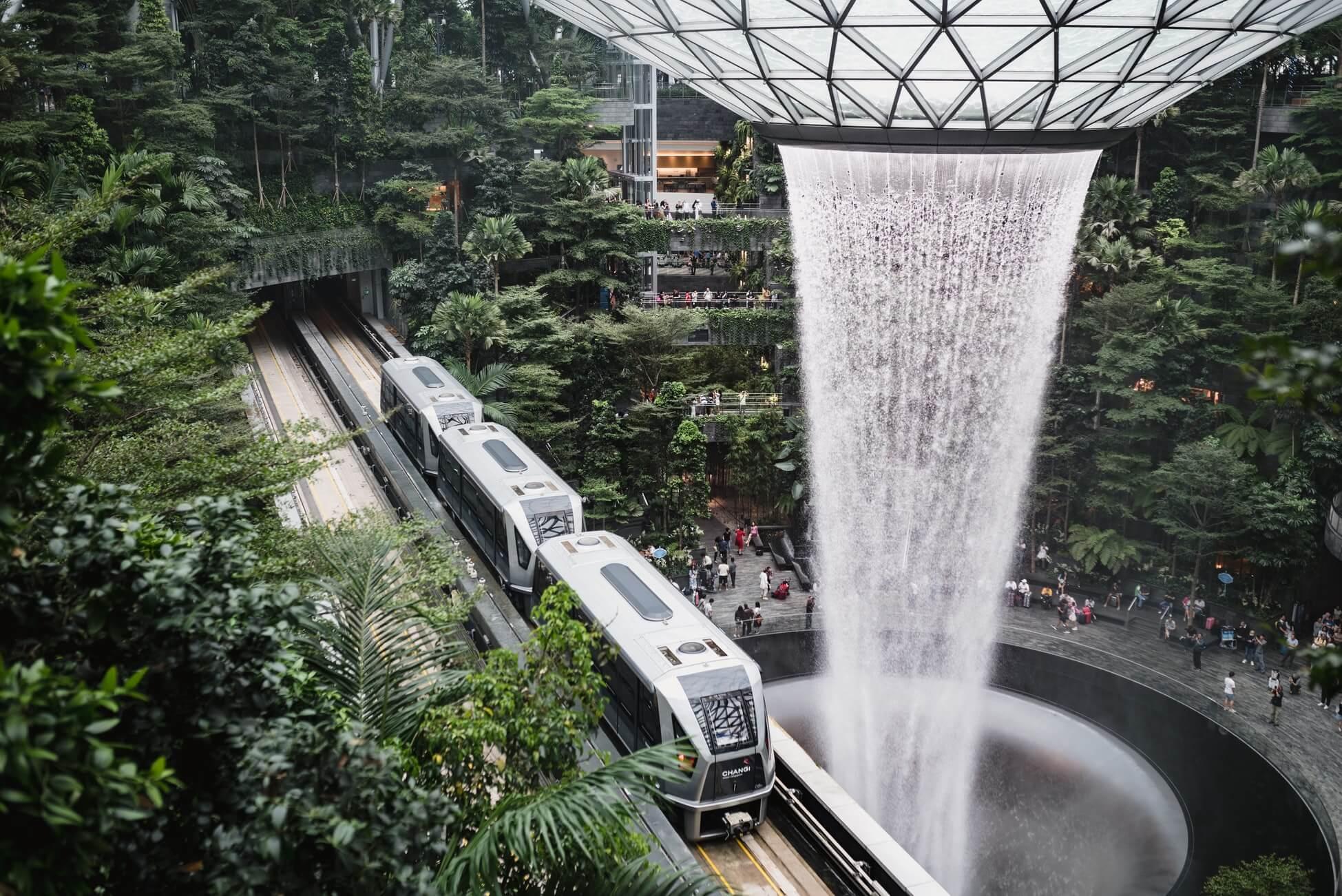 В Сингапур никто не летает: как туда попасть?