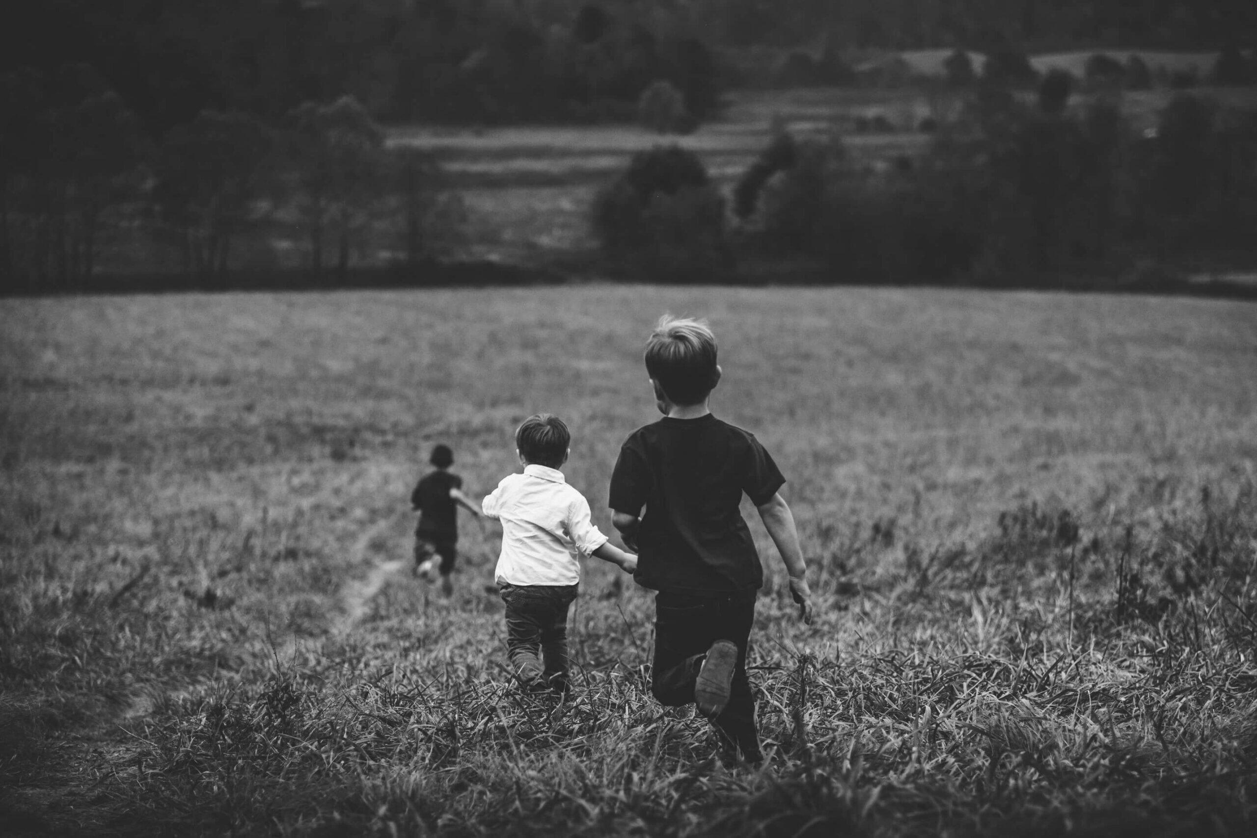 Как я (так себе) провёл лето: рассказы детей, которым трудно